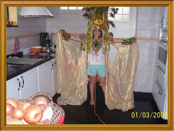 _belu_: Traje Carnaval